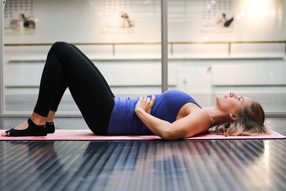 anja-forsnor-trana-efter-forlossning-gravid-pilates