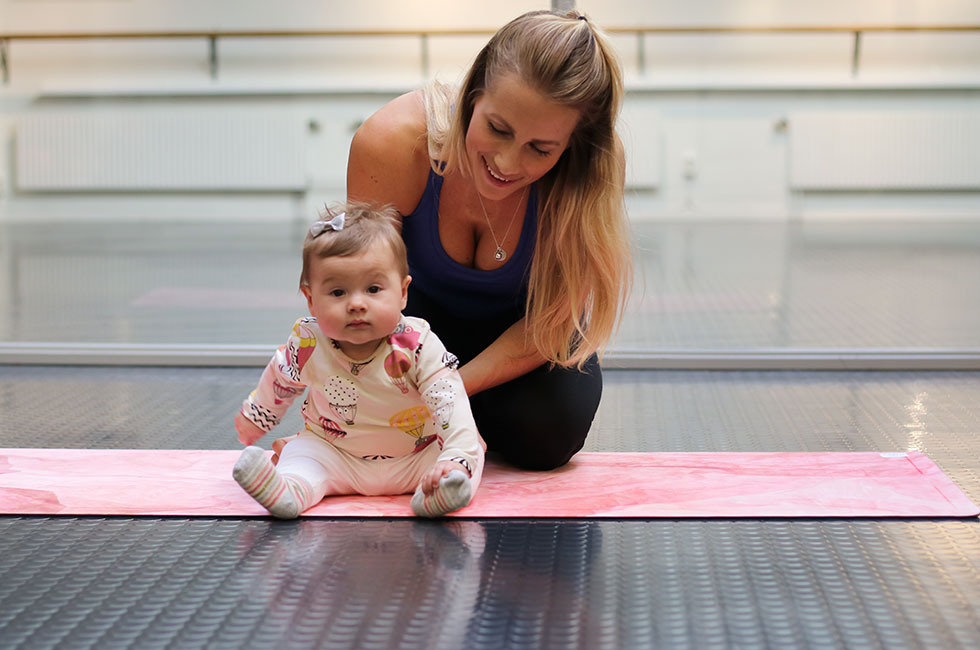 anja-lily-traning-stockholm-pilates-center-grounded-factory-yoga