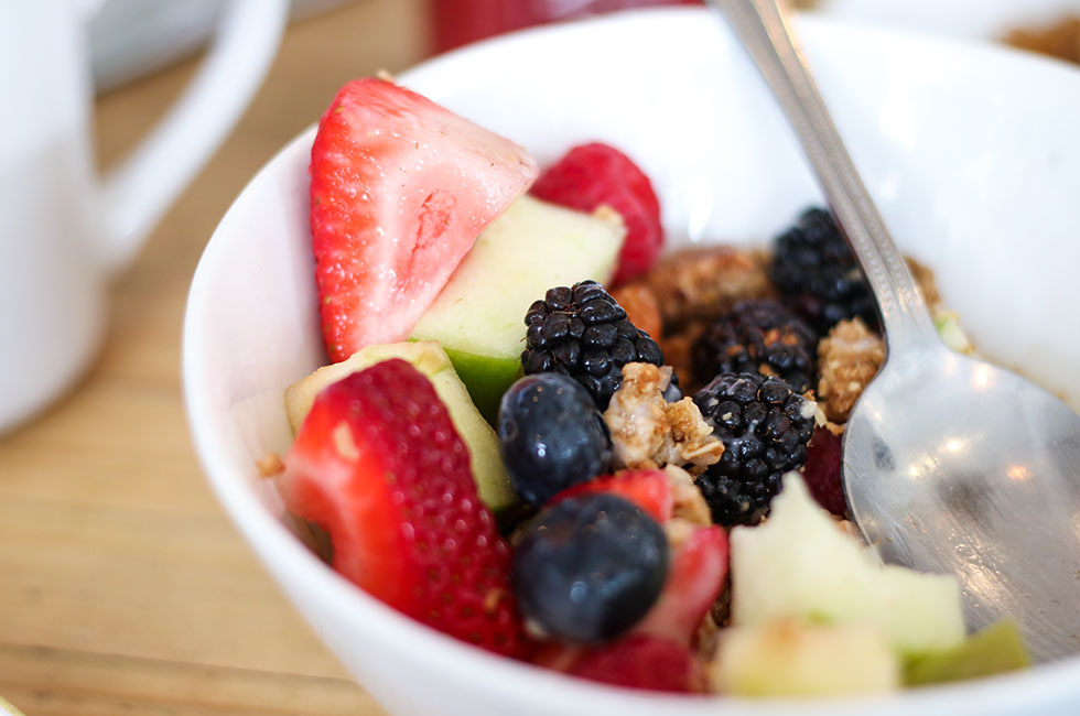 coconut-parfait-yoghurt-granola-berries-brunch-breakfast-the-butchers-daughter