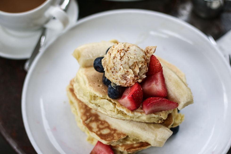five-leaves-new-york-williamsburg-ricotta-pancakes