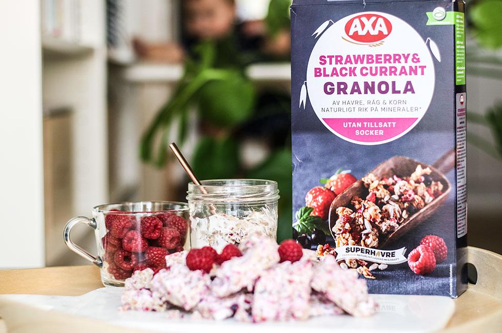 frozen-yoghurt-granola-bars