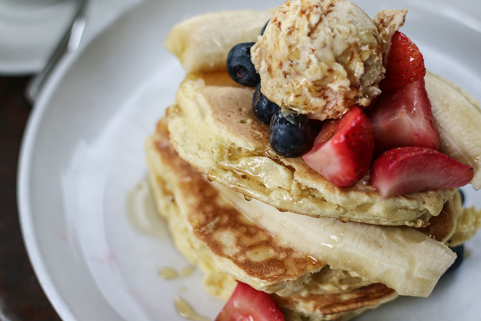 ricotta-pancakes-five-leaves-new-york-brunch