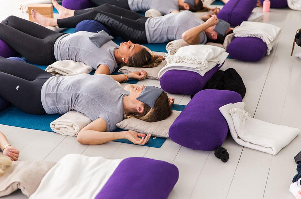 anja-forsnor-traning-yoga-restorative