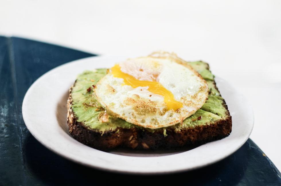 avokado-macka-new-york-cafe-gitane-frukost-brunch