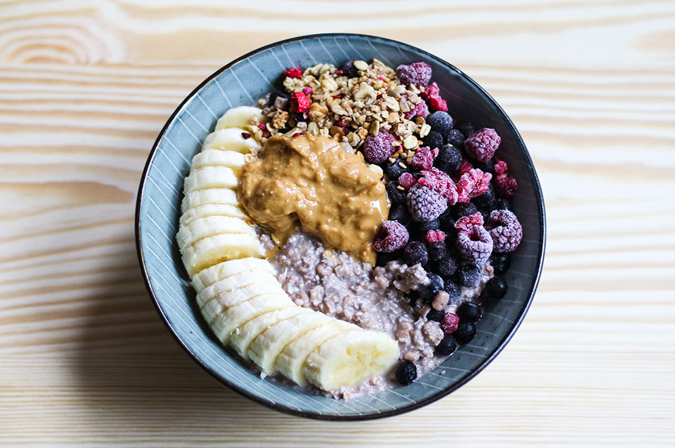 frukost-recept-granola-havregryn-overnigjt-oats-bircher-muesli-