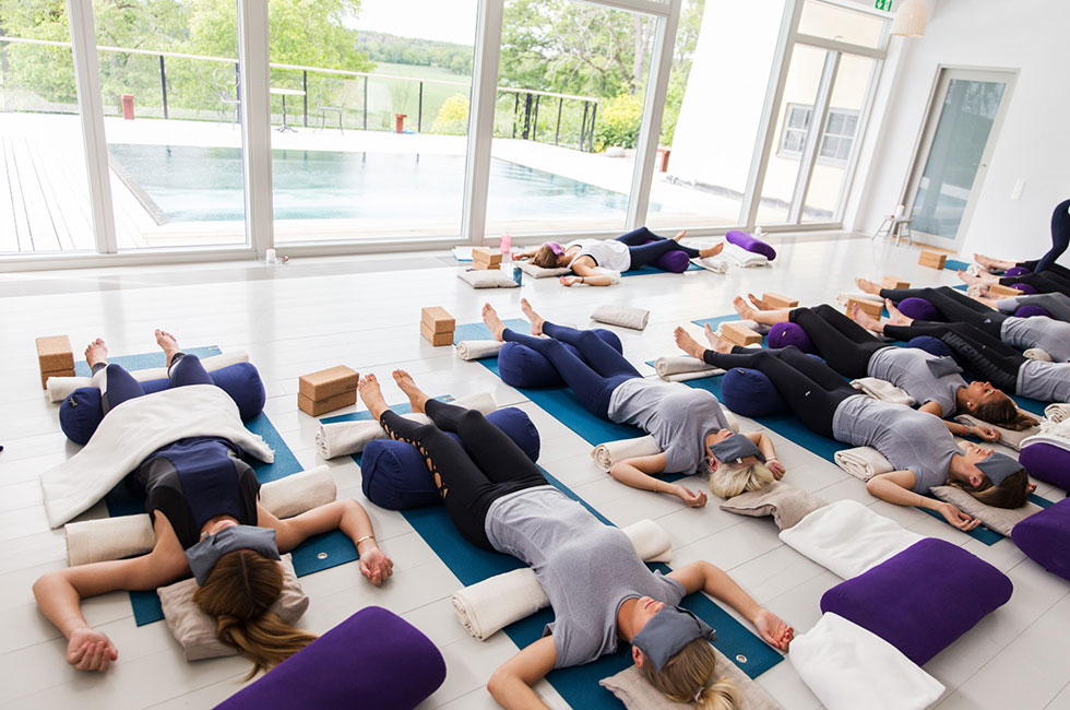 restorative-yoga-anja-forsnor