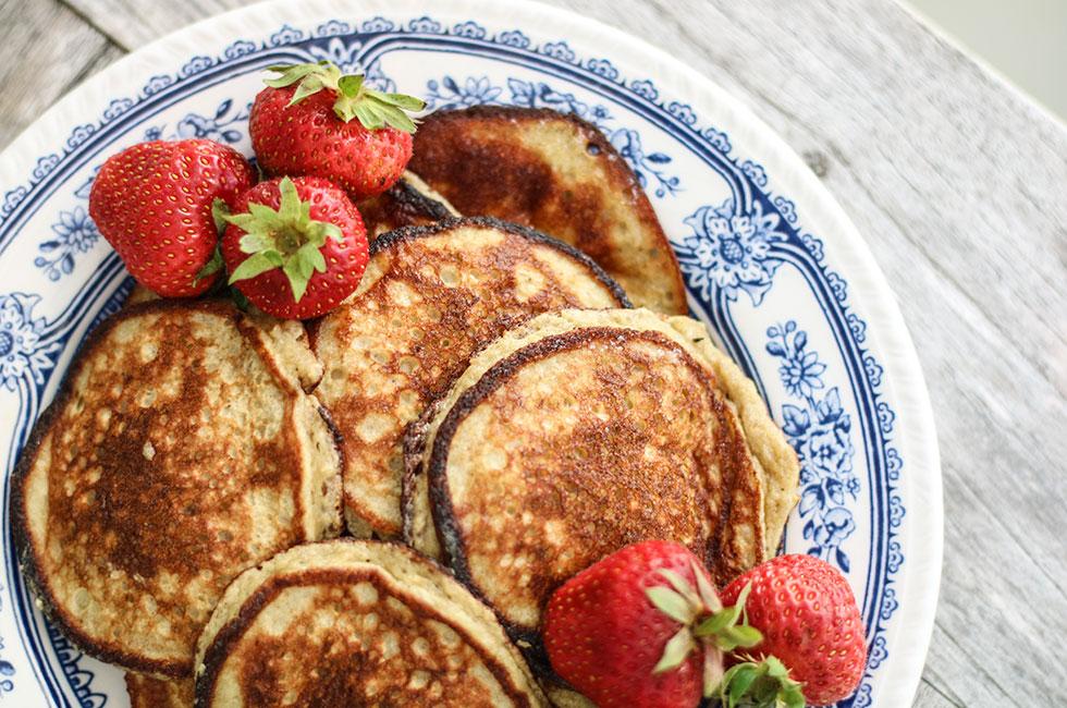 perfekt-bananpannkaka-frukost-recept