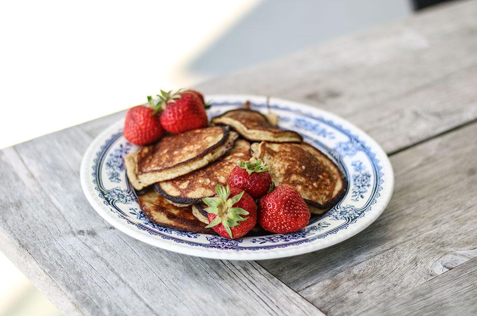 recept-bananpannkakor-frukost