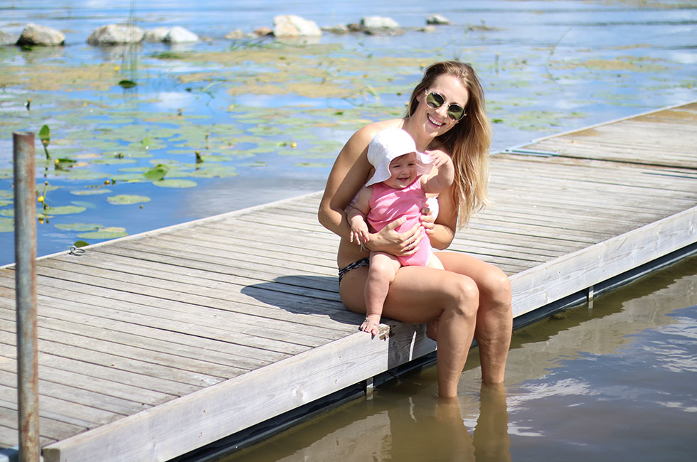 anja-forsnor-lily-sommar-sol-strand
