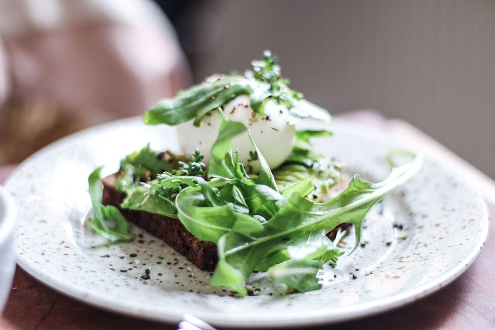 avokado-egg-pom-och-flora-frukost-nyttig-stockholm
