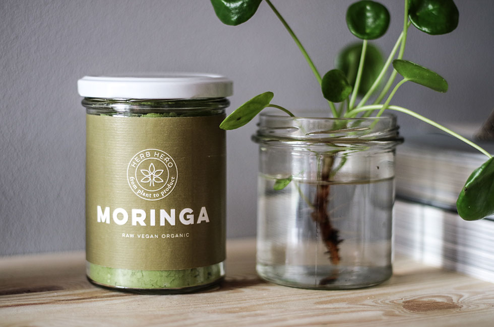 green-smoothie-moringa