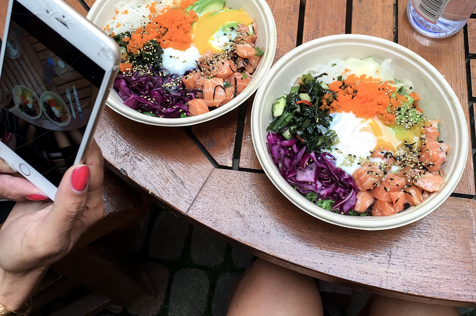 iman-malmberg-anja-forsnor-lunch-hawaii-poke