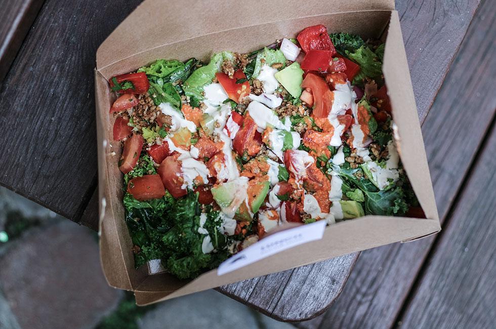 raw-taco-salad-doctor-salad