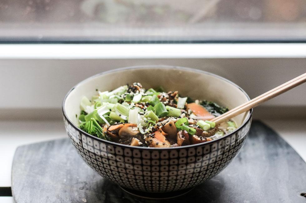 ramen-soppa-svamp-vegetarisk