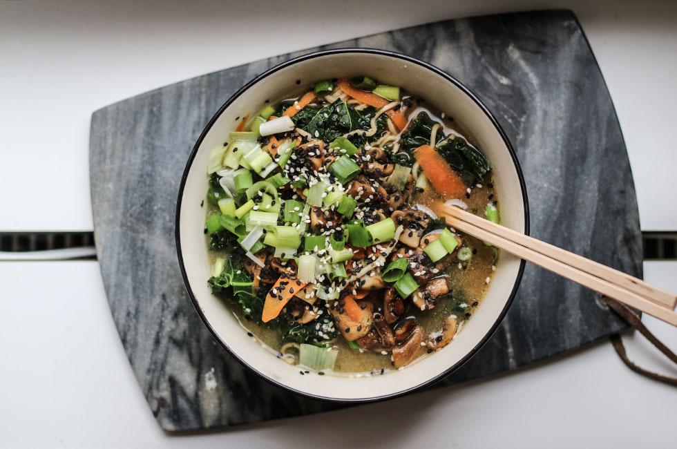 vegetarisk-ramen-soppa