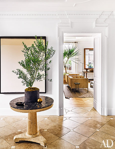 dam-images-decor-2015-10-jeremiah-brent-nate-berkus-designed-greenwich-village-home-01-slideshow
