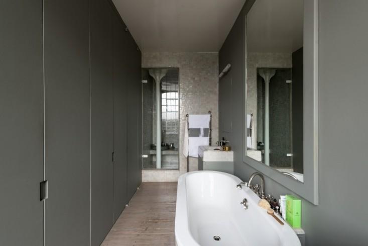 ilse-crawford-bath-remodelista-40