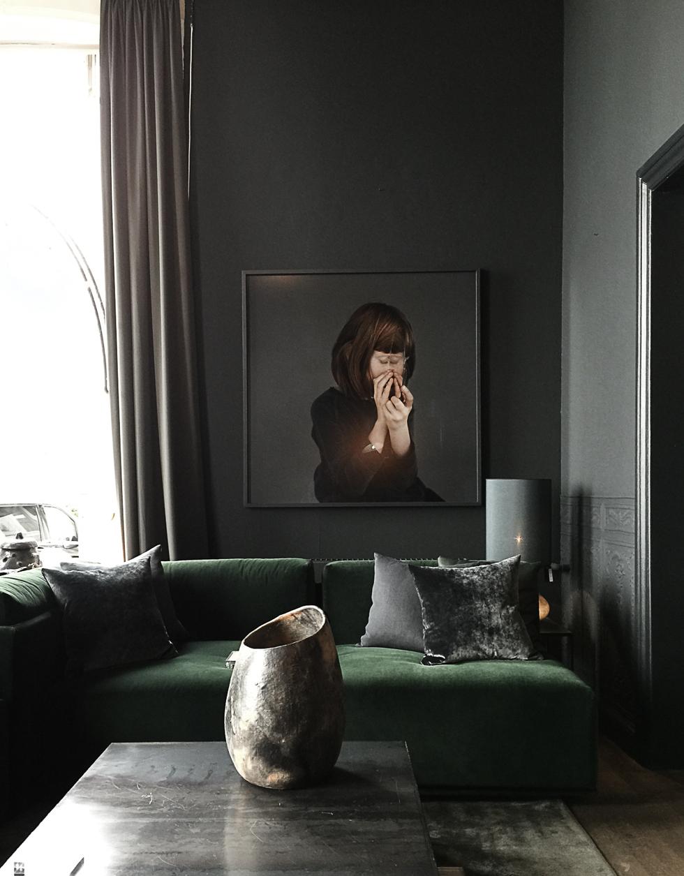 DW_RUEVERTE_green-sofa