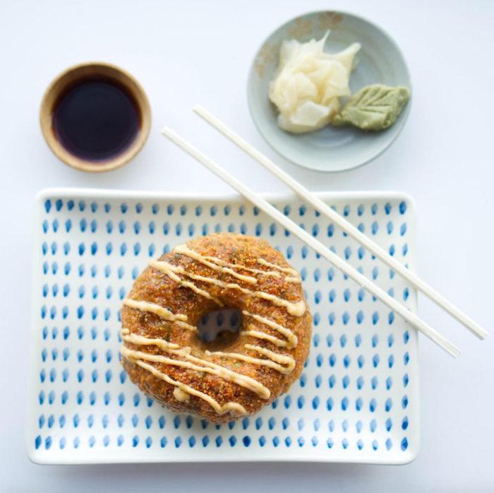 07.-sushi-donut-700x698