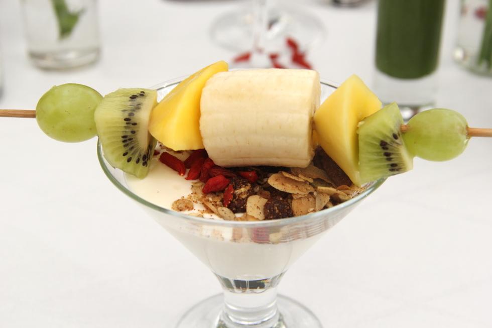 fruktspett_yoghurt_frukost