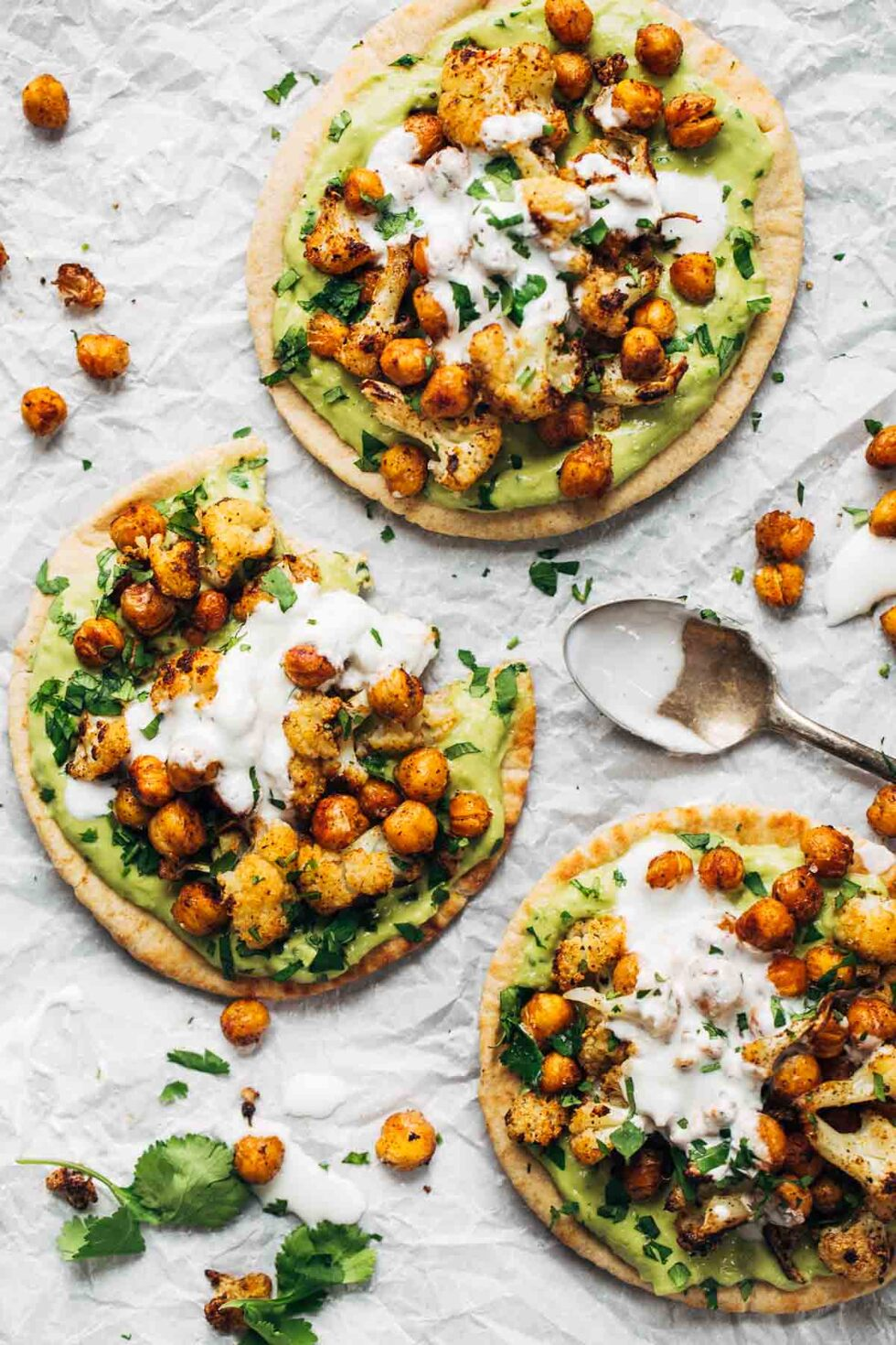 roasted-veggie-pita-with-avocado-dip
