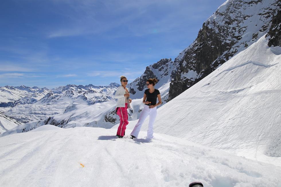 Alps - Henrietta Fromholtz