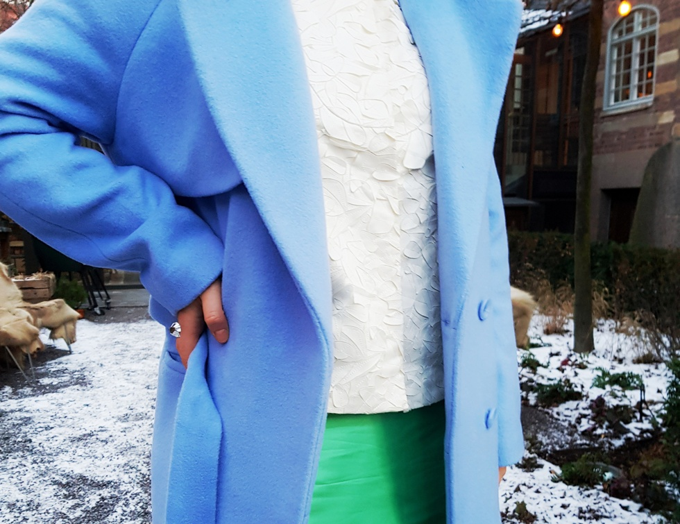 Henrietta Fromholtz Outfit Wakakuu